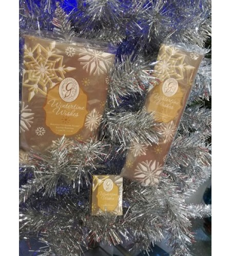 GreenLeaf   3pc Wintertime Wishes Scented Sachet, Candle set.